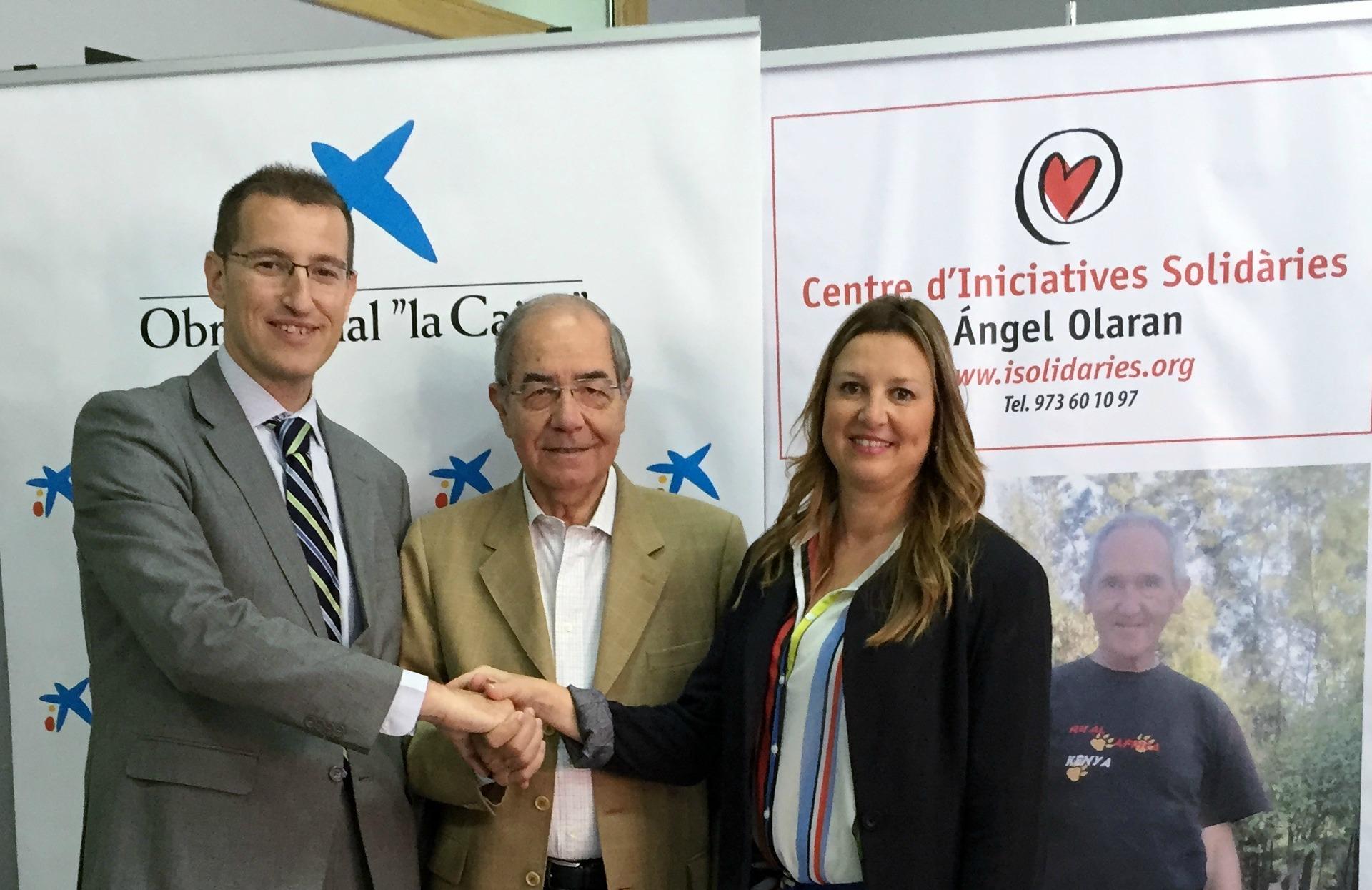 Firma 'la Caixa' subvenció CIS Ángel Olaran