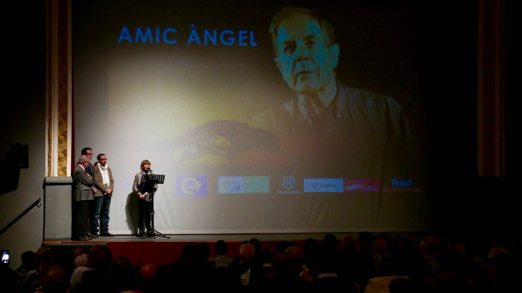 La presentació del film Amic Angel omple el Teatre L'Amistat