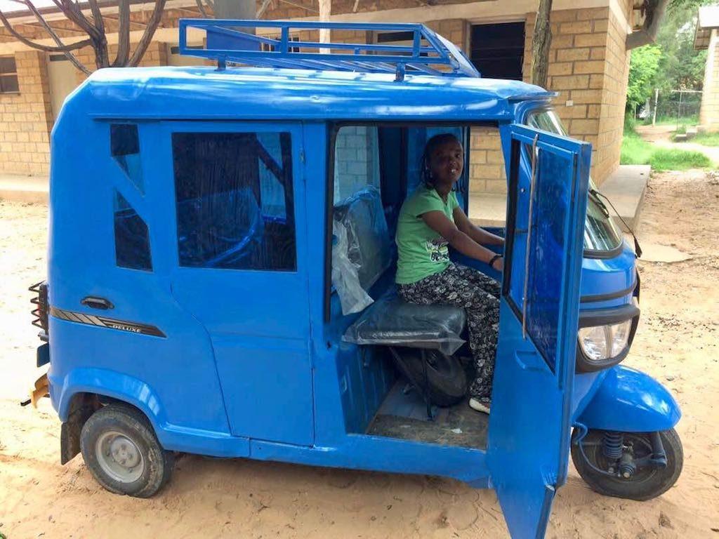 Tarik-bajaj-tuktuk-1