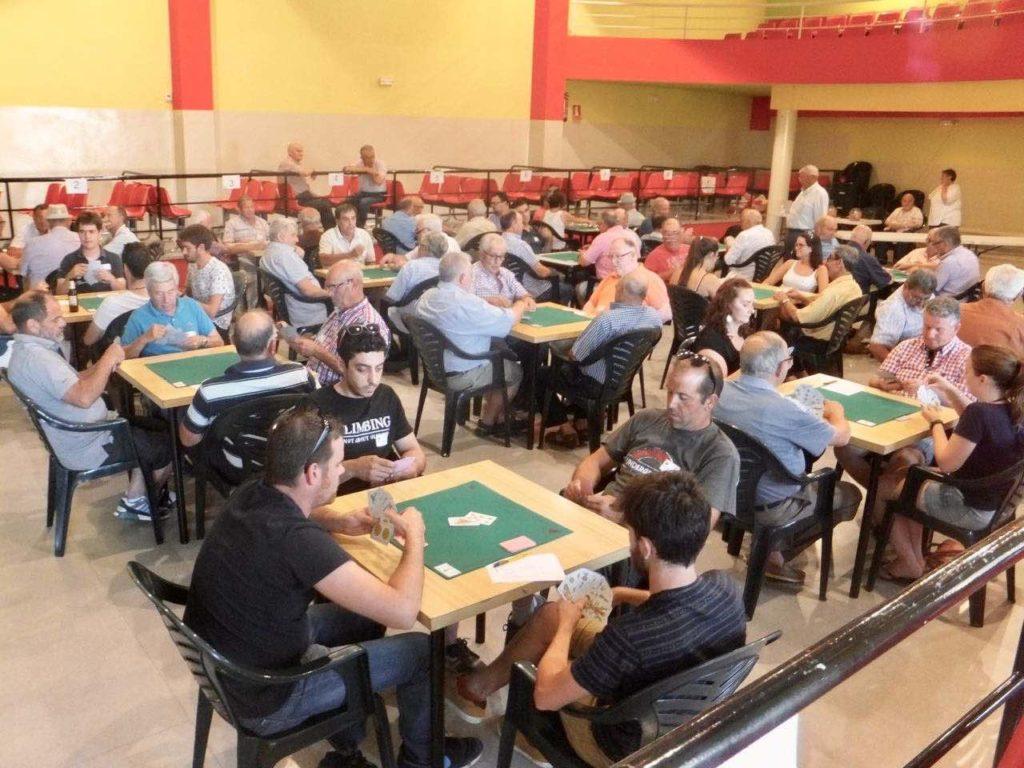 Juncosa acull el campionat solidari de botifarra 2017-1