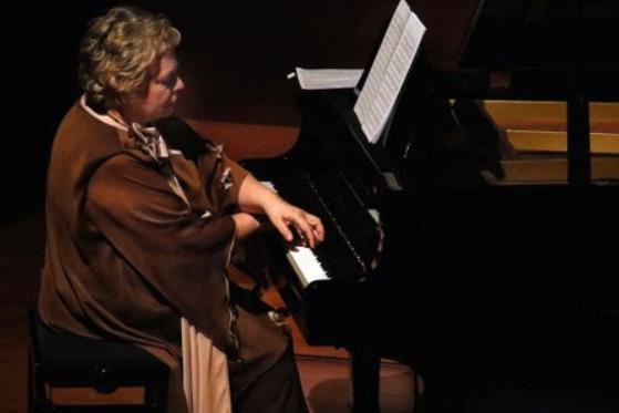 Concert Solidari de la pianista Teresina Jordà a Espai Orfeó