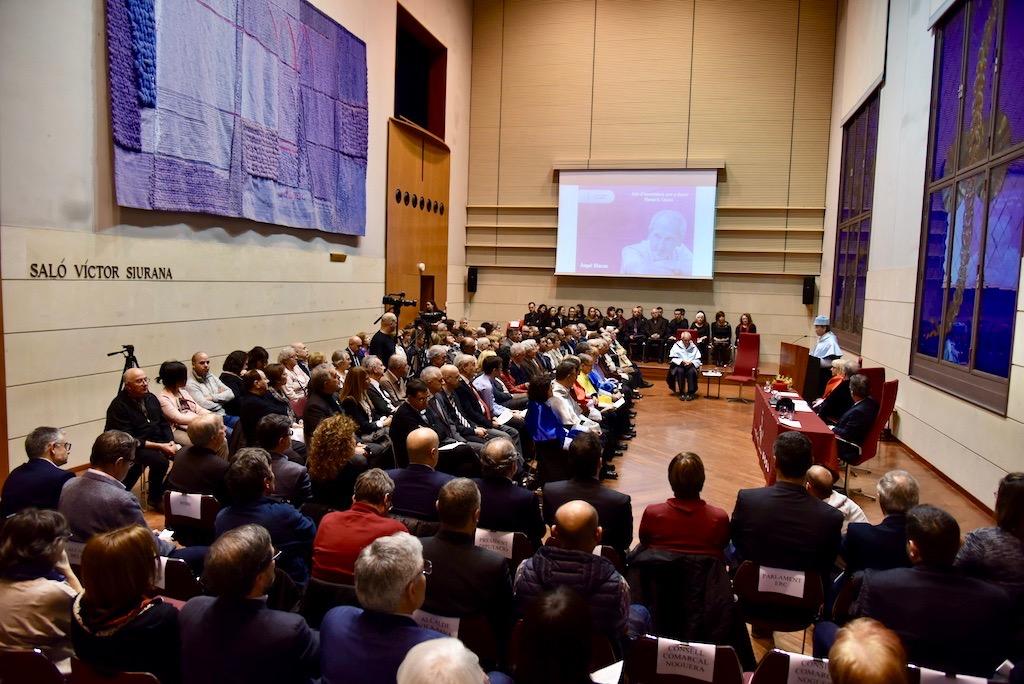 Angel Olaran comparteix la distinció de doctor honoris causa-66