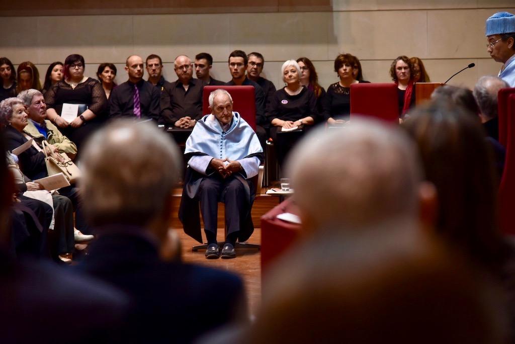 Angel Olaran comparteix la distinció de doctor honoris causa-69