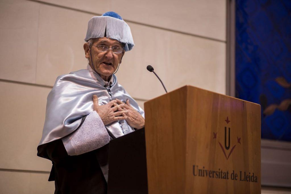 Angel Olaran comparteix la distinció de doctor honoris causa_38