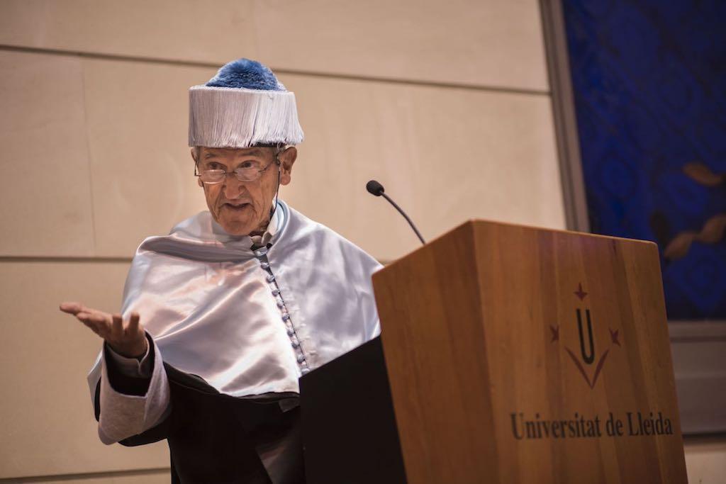 Angel Olaran comparteix la distinció de doctor honoris causa_40