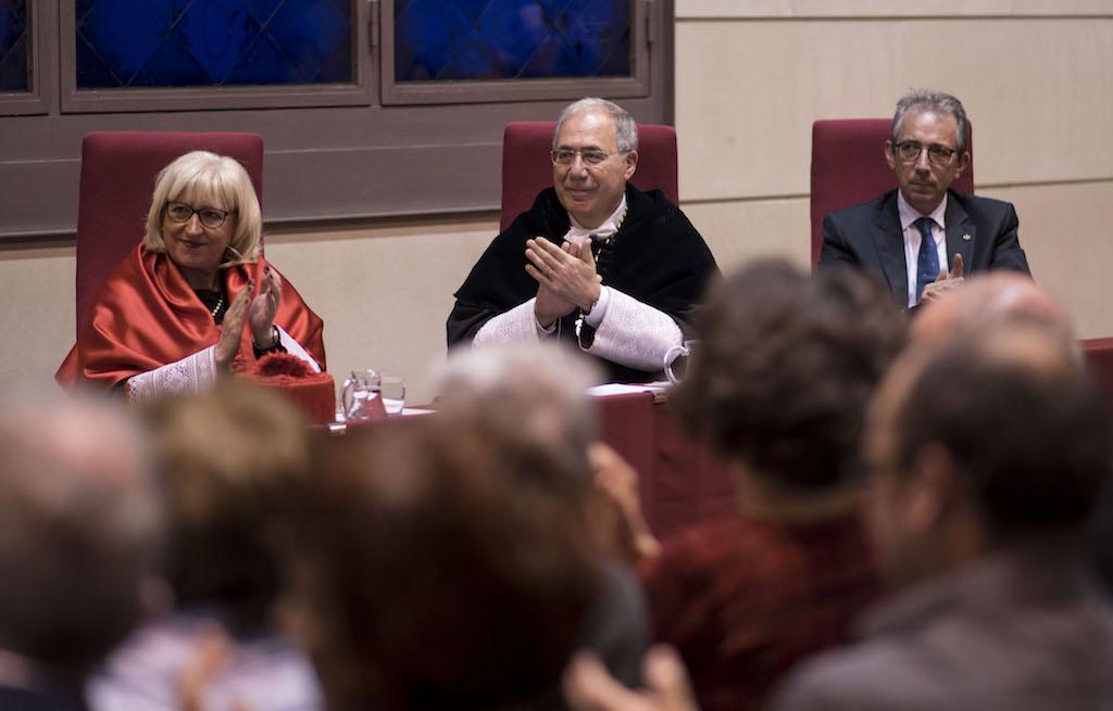 Angel Olaran comparteix la distinció de doctor honoris causa_45