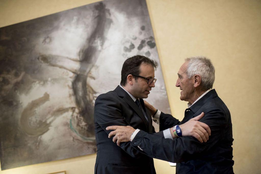 Angel Olaran comparteix la distinció de doctor honoris causa_6
