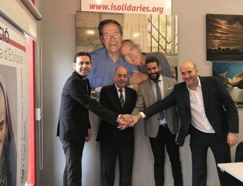 Donación de 3000 € para la labor del padre Olaran por Obra Social la Caixa
