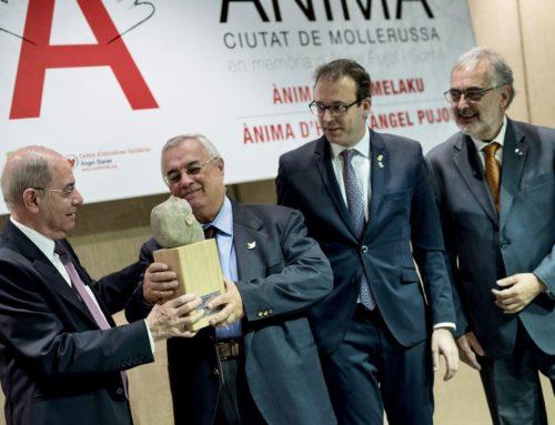 Henry Acosta recoge el galardón internacional de los Reconeixements Ànima